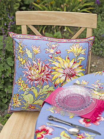 Dahlia Days Cushion Cover