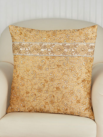 Shimmering Garland Cushion Cover
