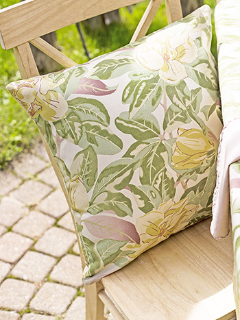 Magnolia Outdoor Cushion with Filler