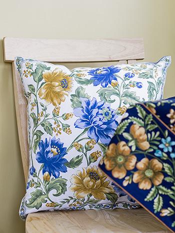 Rosehip Cushion Cover
