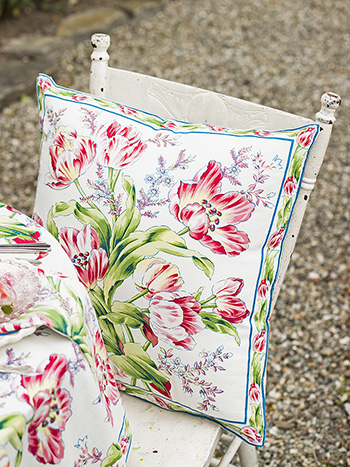 Tulip Dance Cushion Cover