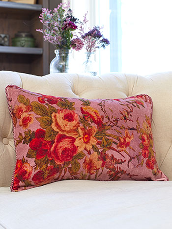 English Garden Velvet Cushion