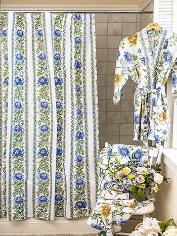 Rosehip Curtain