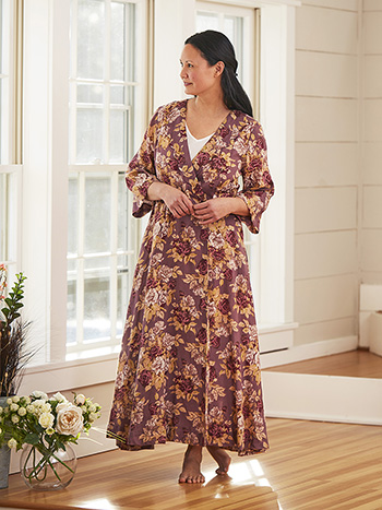 Rose Manor Dressing Gown