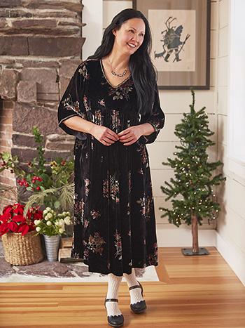 Floral Bouquet Velvet Dress