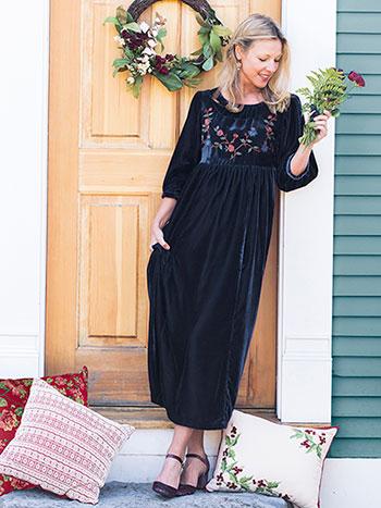 Scarlett Velvet Dress