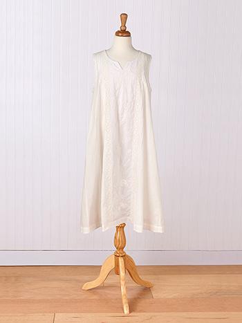 Hemmingway Young Lady Dress