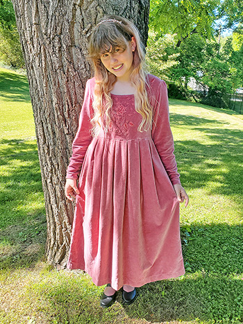 Victorian Velvet Young Lady Dress