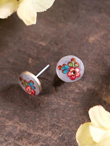 Versailles Post Earring