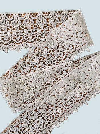 Lacey Lace Trim