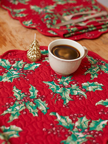 Holly Quilted Placemat Set of 4
