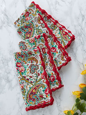 Garden Paisley Crochet Napkin Set of 4
