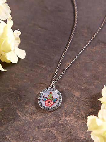 Versailles Petit Pendant Necklace