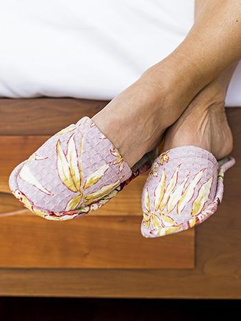 Hydrangea Dream Honeycomb Slipper