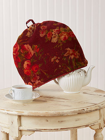 English Garden Velvet Tea Cozy