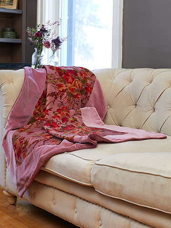 English Garden Velvet Throw