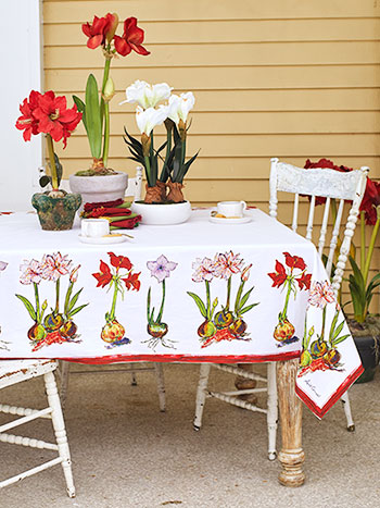 Amaryllis Tablecloth