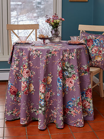 Cottage Rose Round Tablecloth