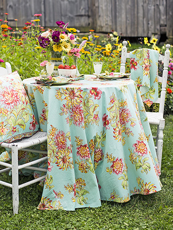 Dahlia Days Round Cloth