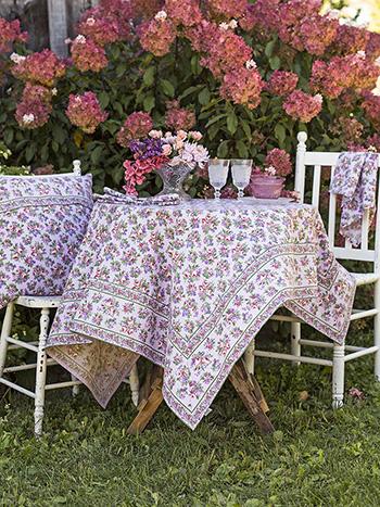 Elizabeth's Garden Tablecloth