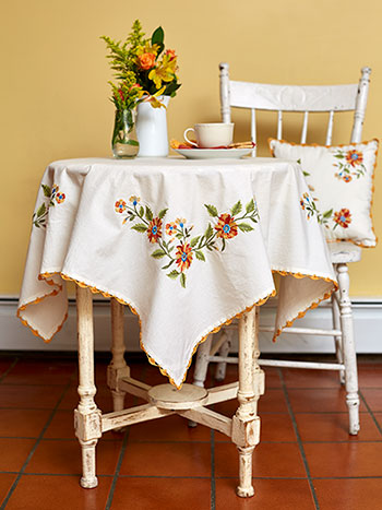 Marguerite Embroidered Tablecloth