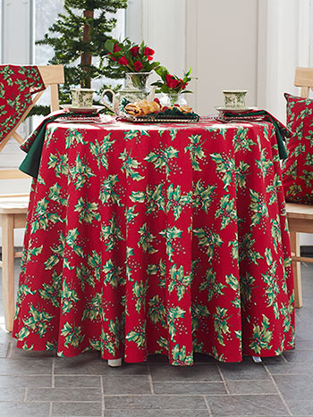 Holly Round Tablecloth
