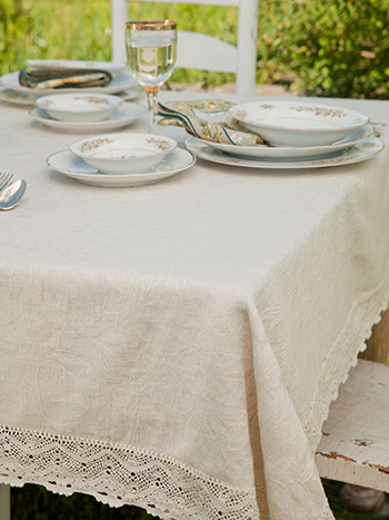 Luxurious Linen Jacquard Tablecloth - Linen