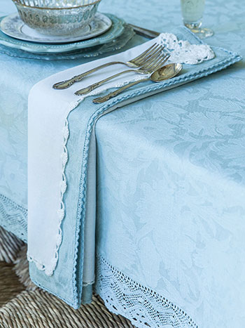 Luxurious Linen Jacquard Tablecloth - Mist