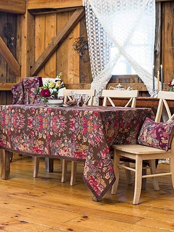 Allure Linen Tablecloth