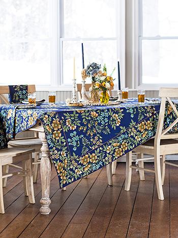 Palais Tablecloth