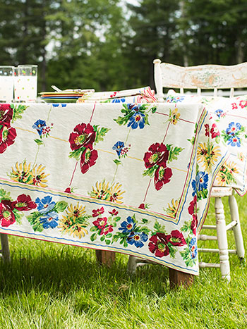 Poppy Patch Tablecloth