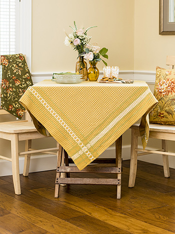 Meadow Plaid Tablecloth