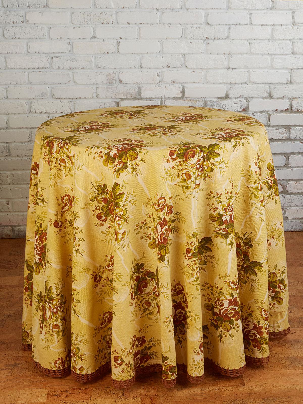 Rosalie Crochet Round Tablecloth Attic Sale Linens Kitchen