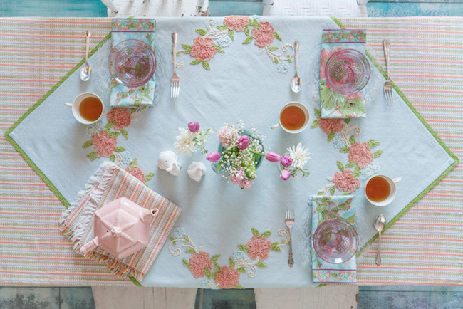 7 Simple Steps to Create an Easter Tablescape!