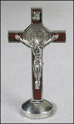 Standing St Benedict