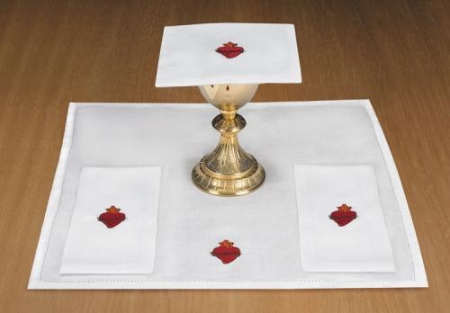 R. J. Toomey™ Sacred Heart Mass Linen Set