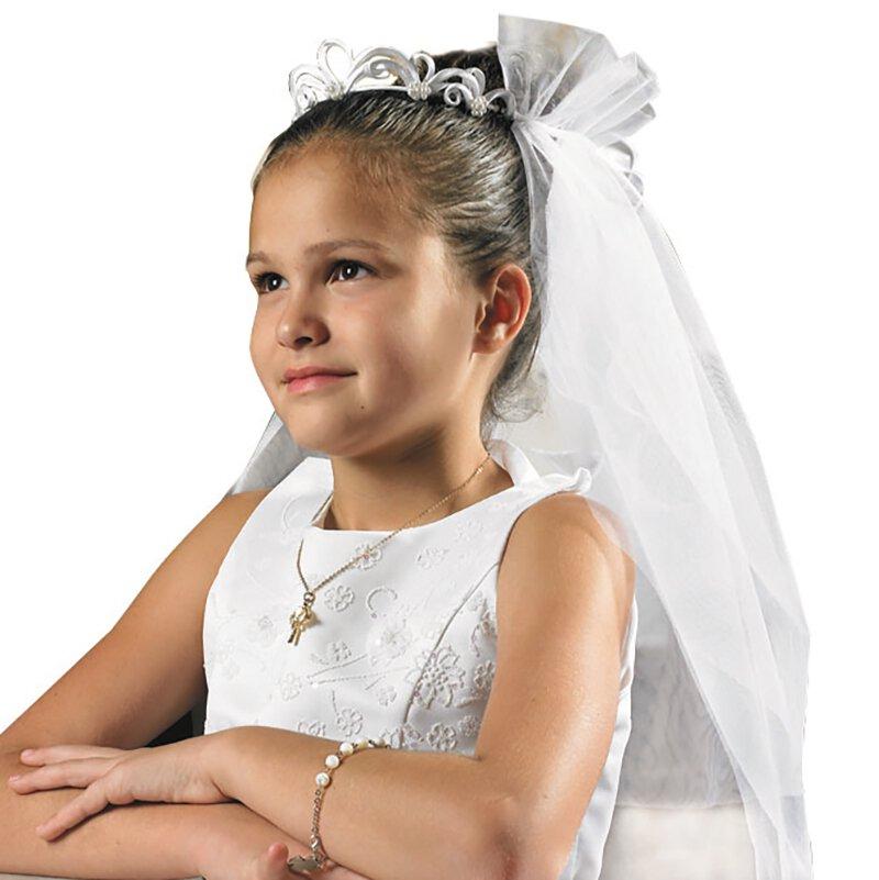 Elegant Tiara Communion Veil