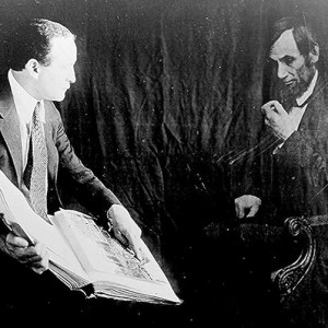 """""""Houdini and the ghost of Abraham Lincoln,"""" ca. 1920, Library of Congress"""
