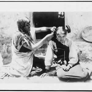 Hopi hair dresser, Arizona, circa 1909. Source: Library of Congress