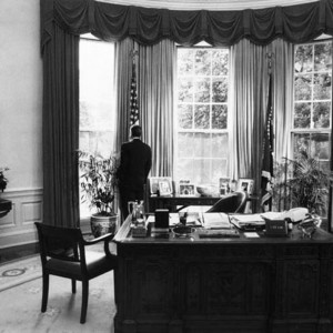 President Reagan alone in the Oval Office 1984. Source: Wikimedia Commons