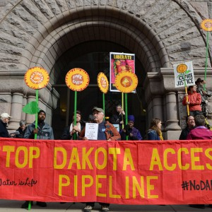 Protest against the Dakota Access Pipeline by Fibonacci Blue via Flickr. (Used under CC BY 2.0 https://creativecommons.org/licenses/by/2.0/)