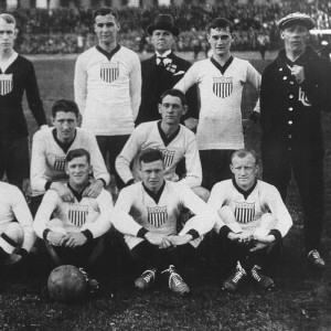 Players in the US Soccer team, 1916 (via Wikimedia Commons).