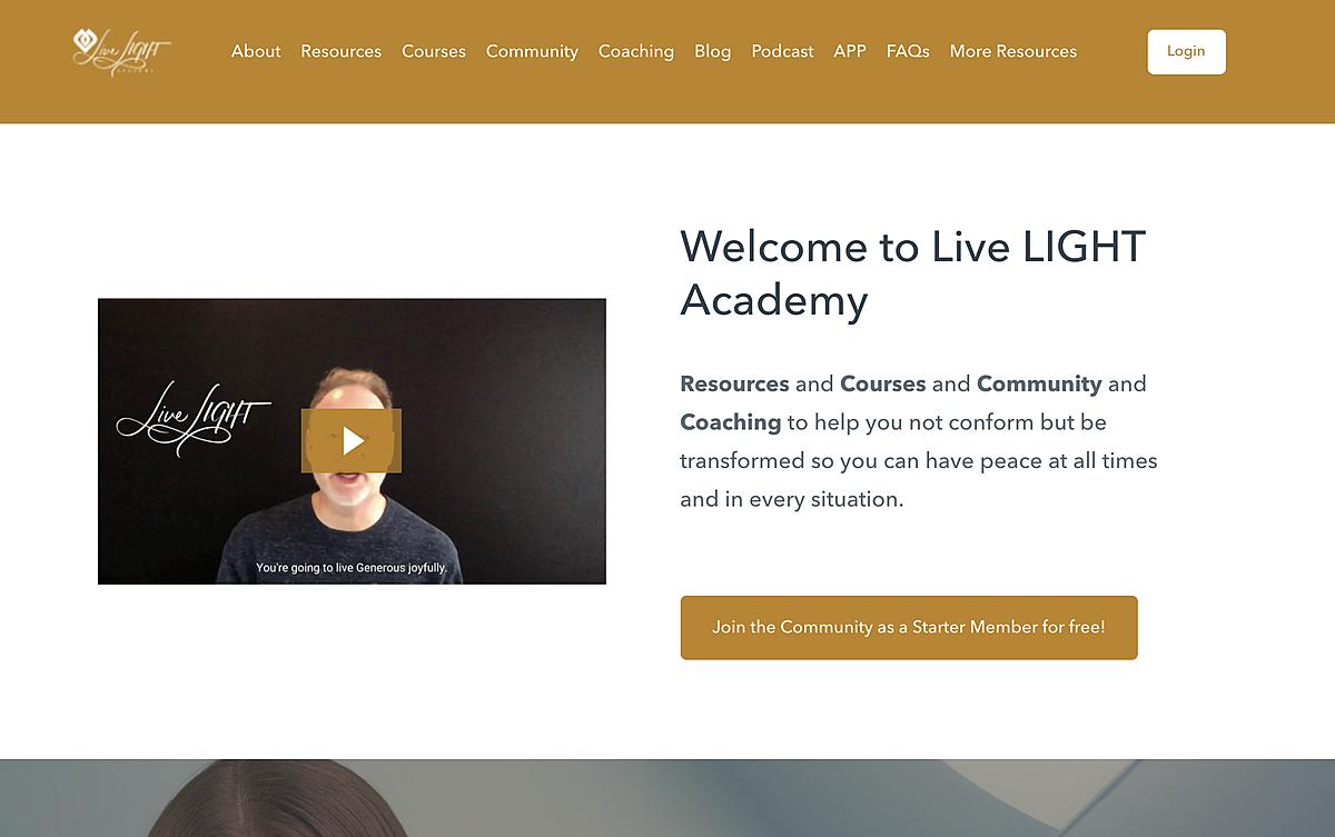 Live LIGHT Academy