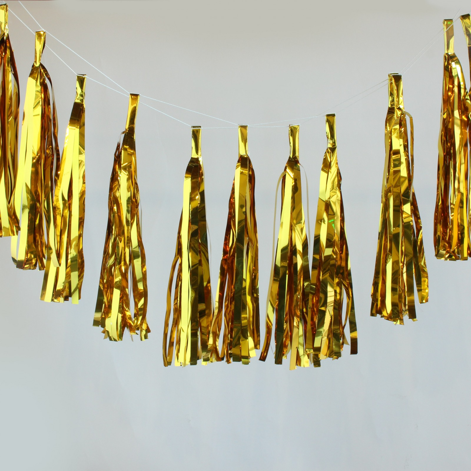 Metallic Foil Tassel Garland