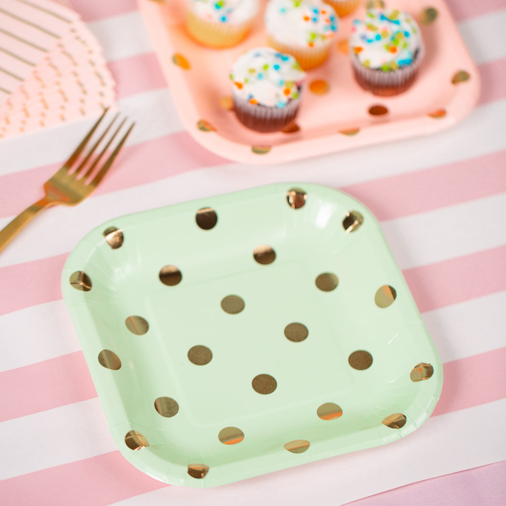 Pastel Polka Dot Cake Plates 11486