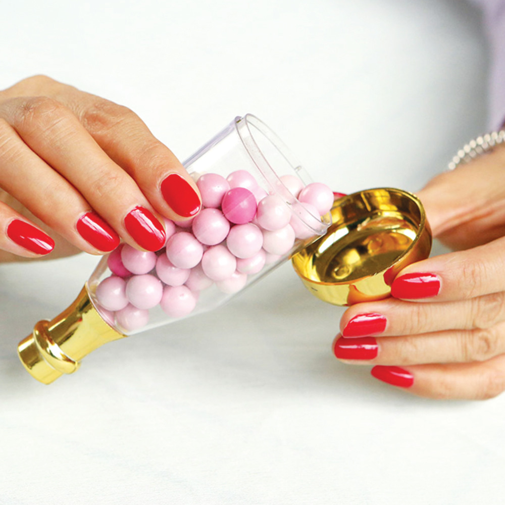 Champagne Bottle Favor Container open