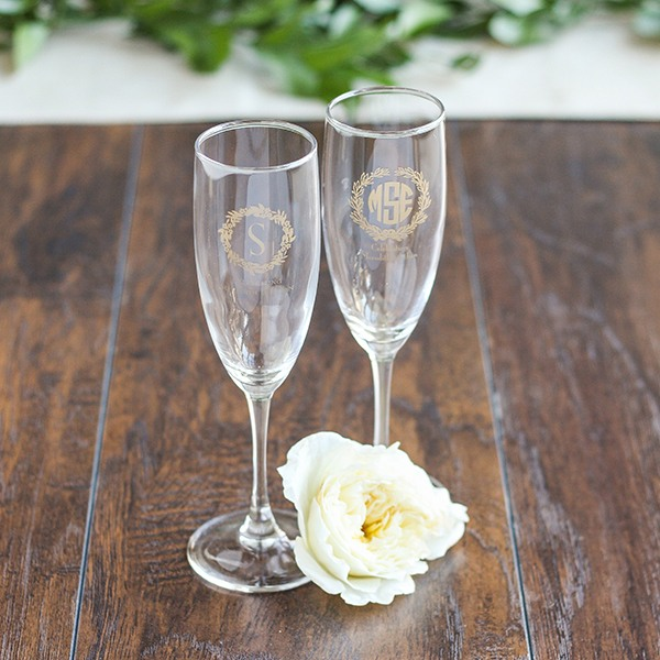 Personalized Wreath Champagne Flute