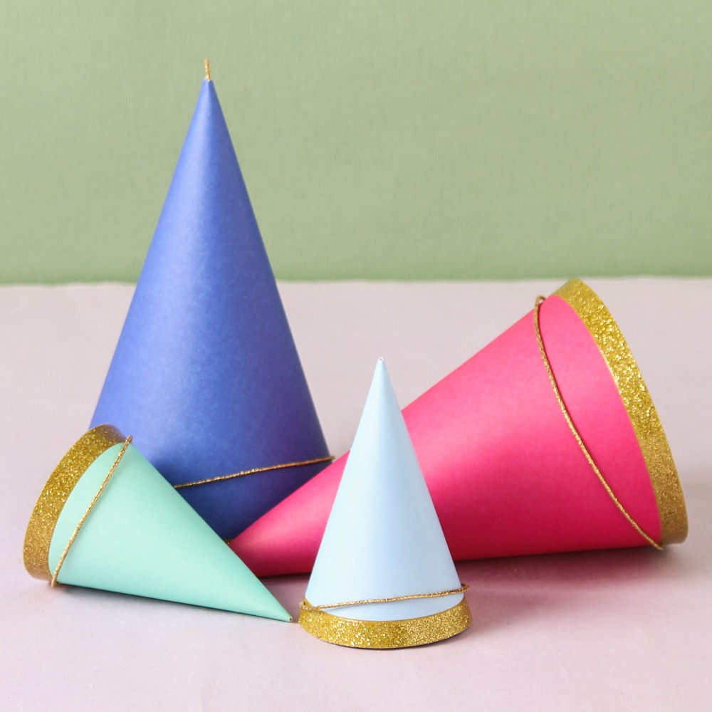 Colored Party Hats 7881