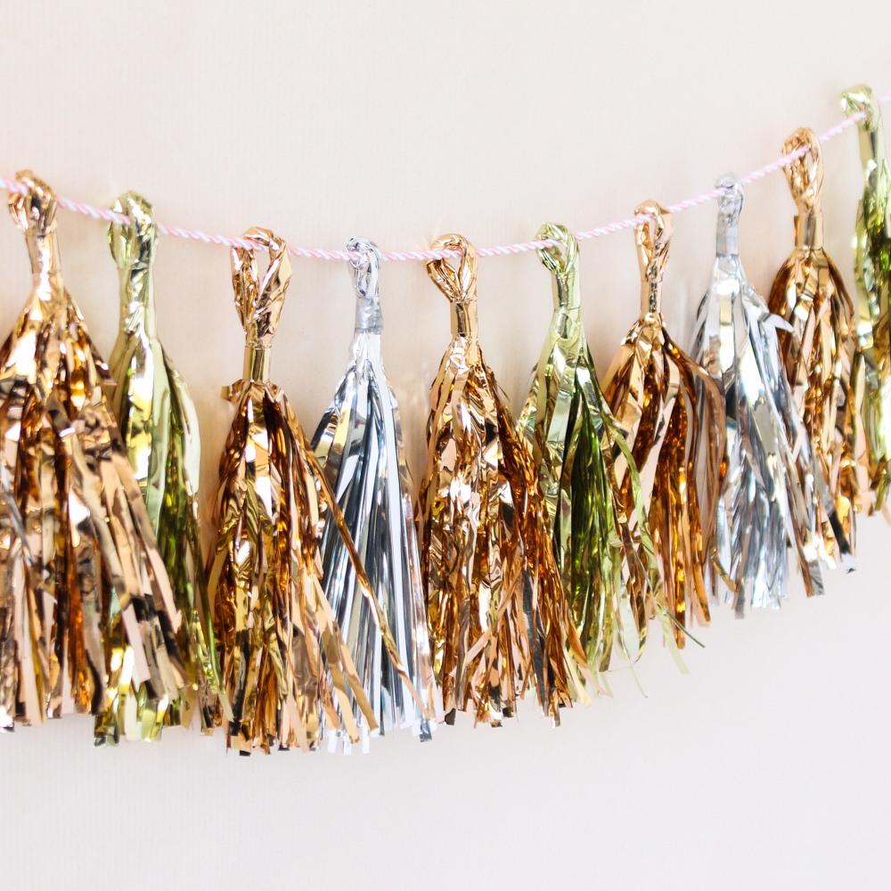 Metallic Mini Tassels 7981