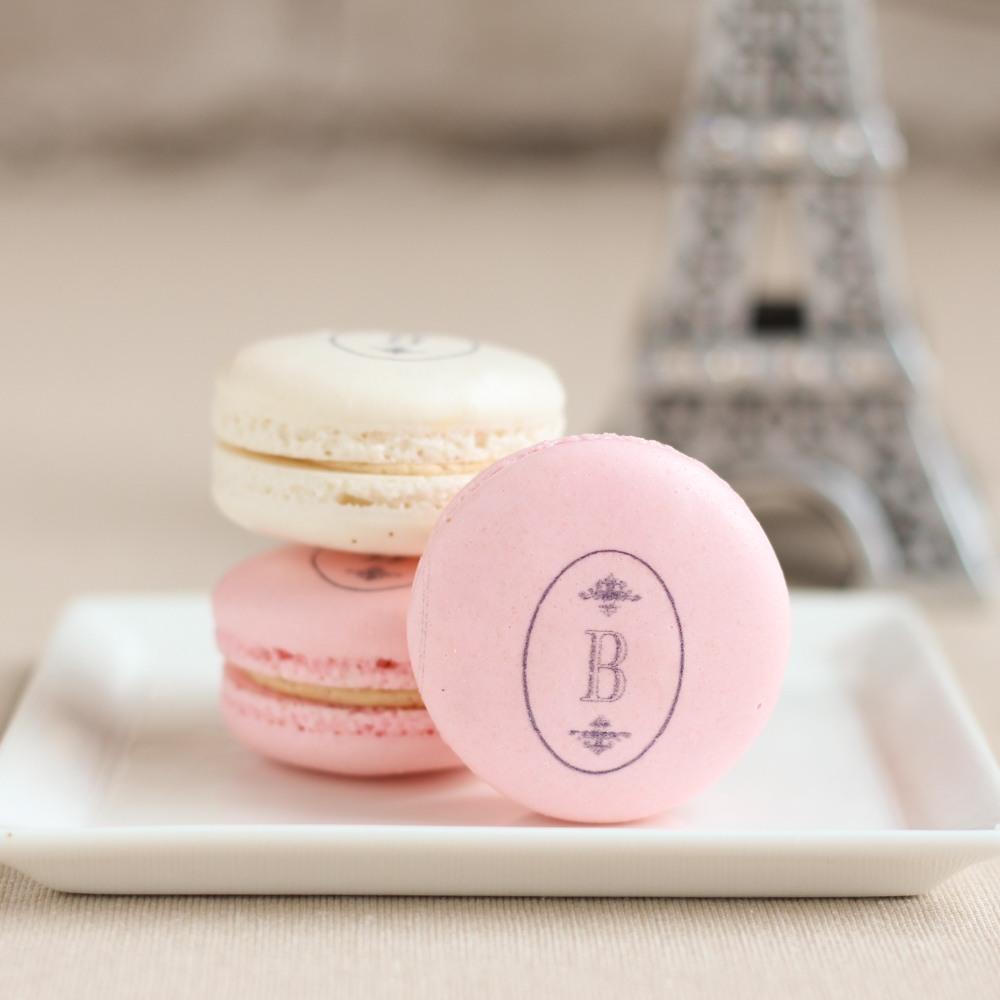 Custom Macarons 8695